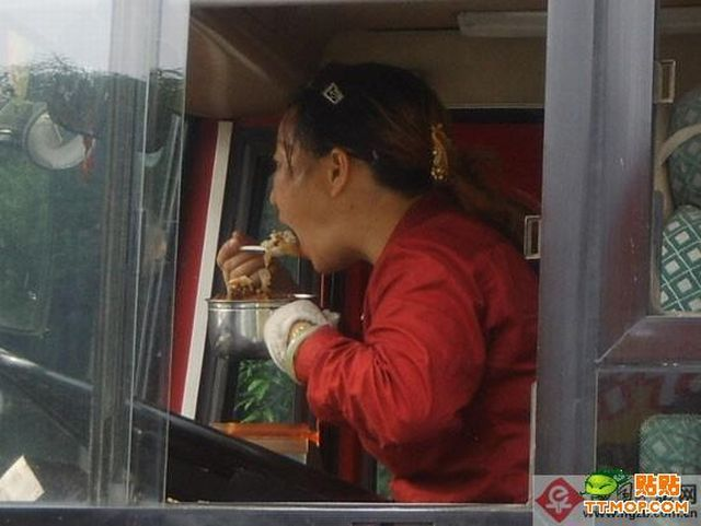chinese_bus_driver_05