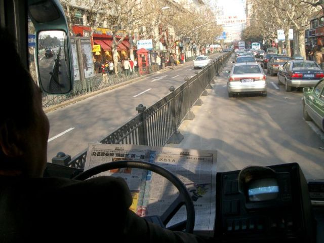 chinese_bus_driver_08